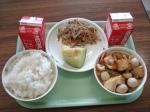 kinpiragobo based side dish, taro root stew, a piece of melon